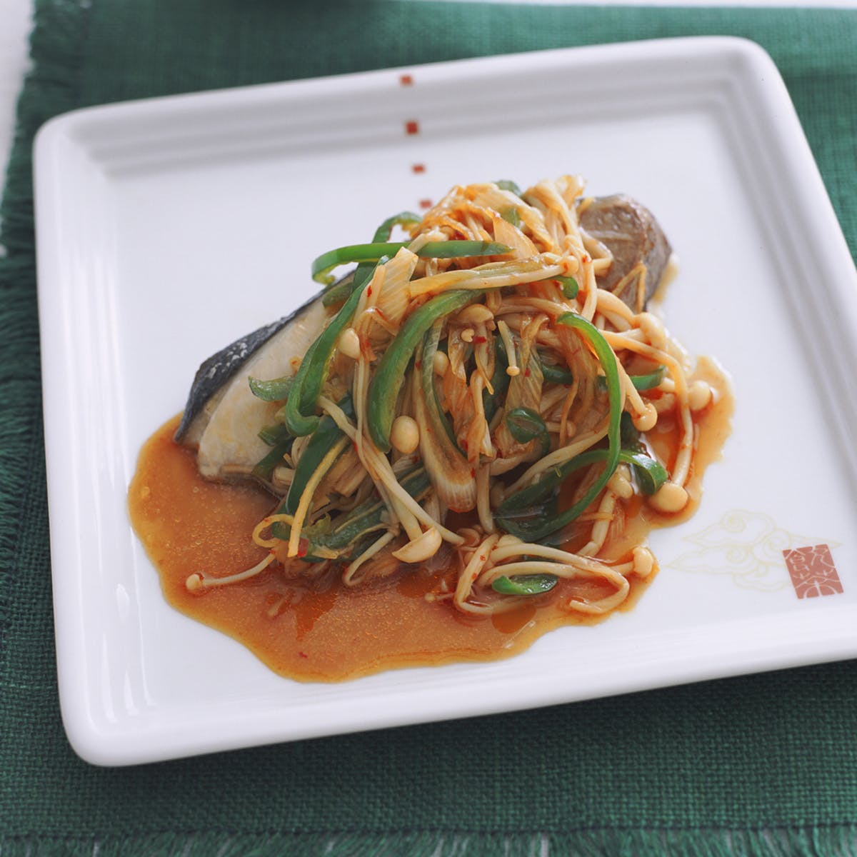 ぶりの中国風蒸し 野菜ソース