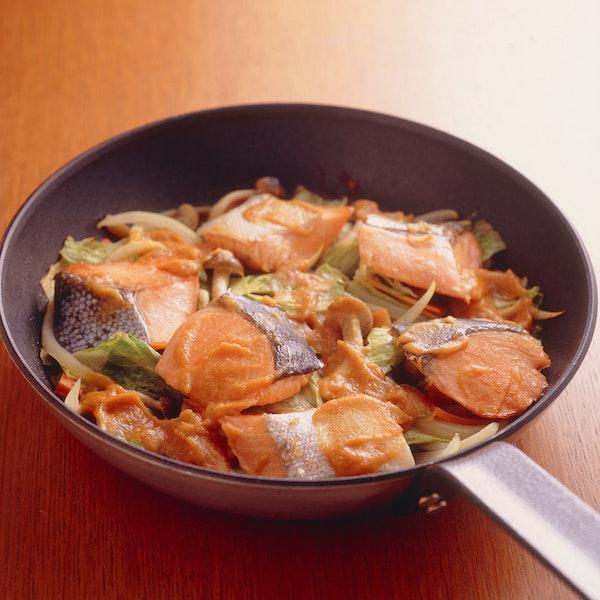 鮭のちゃんちゃんフライパン焼き
