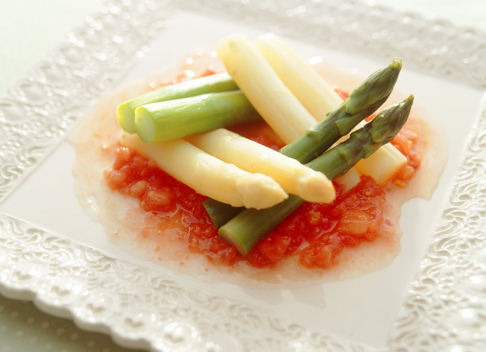 2色アスパラガスのサラダ