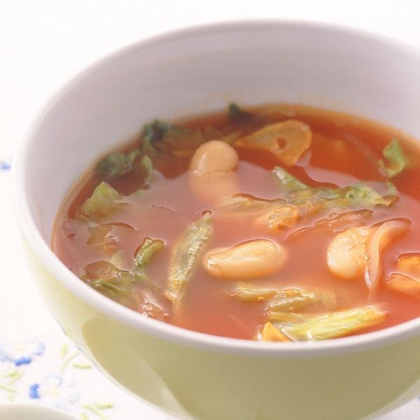 レタスと豆のトマトスープ