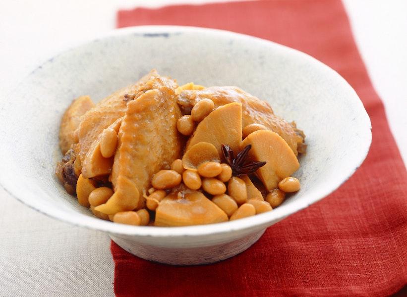 とり手羽と大豆の中国風煮もの