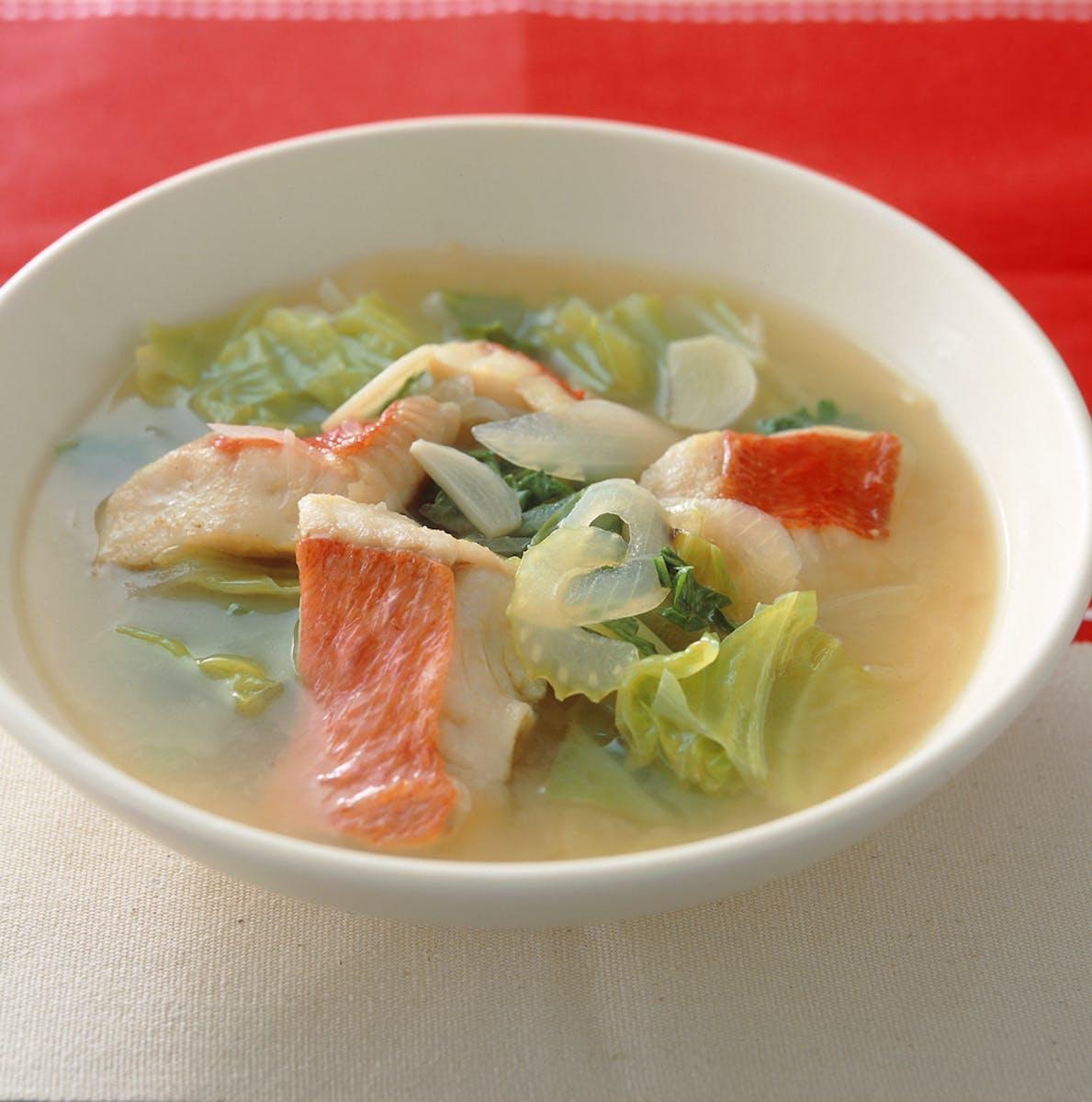 白身魚のスープ煮