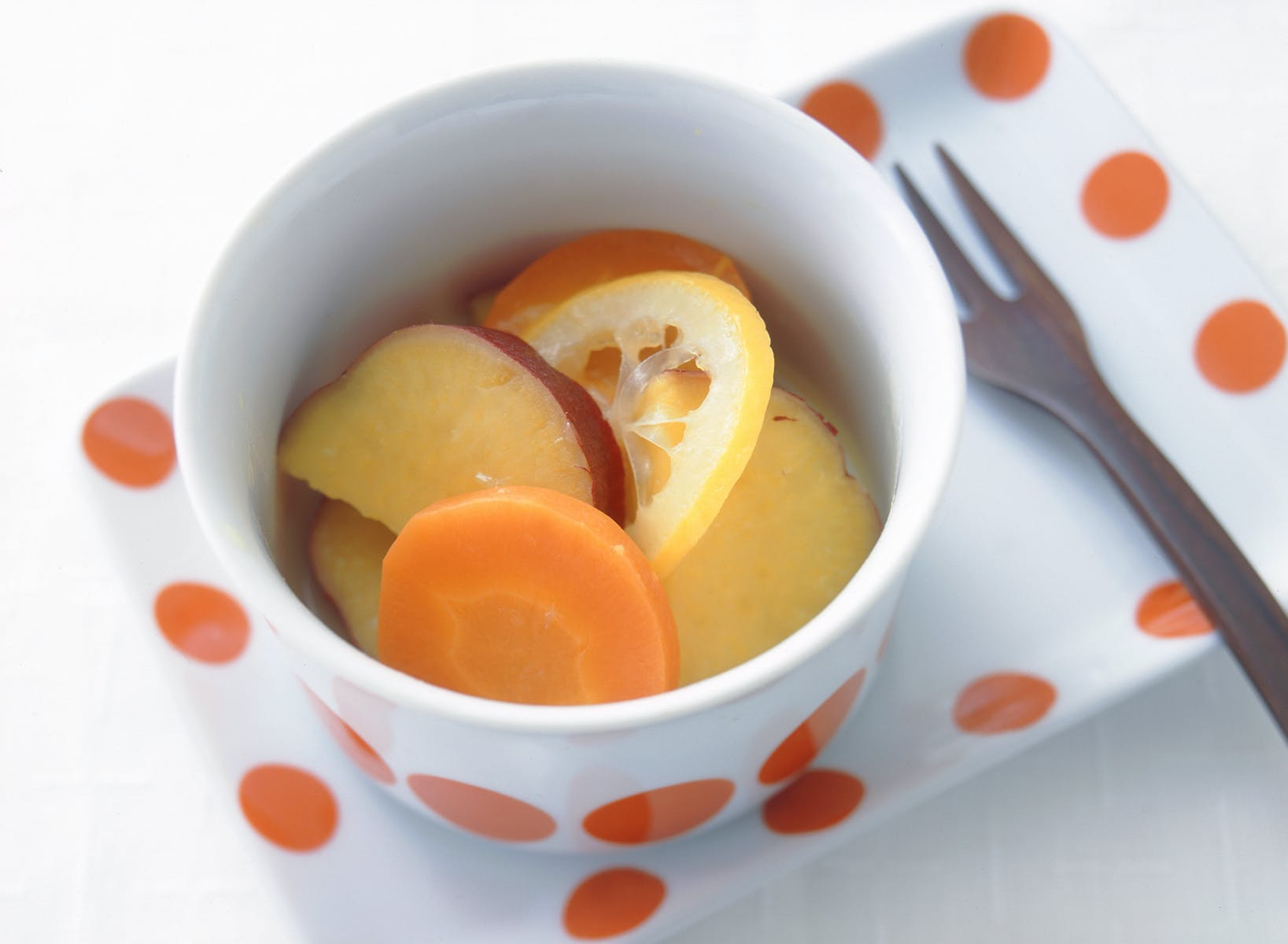 さつまいもとにんじんのレモン煮