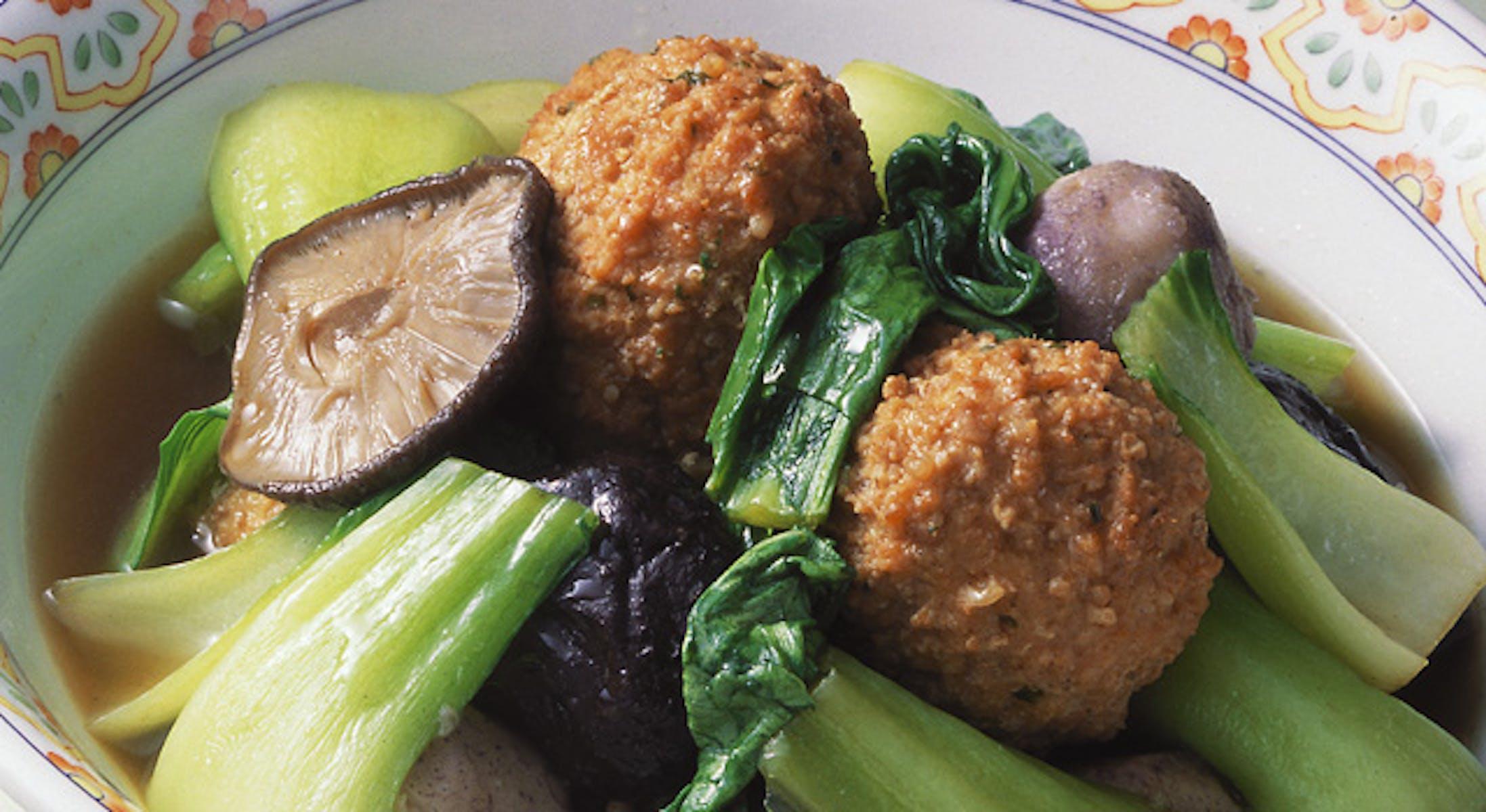 鶏団子と野菜の五香粉煮