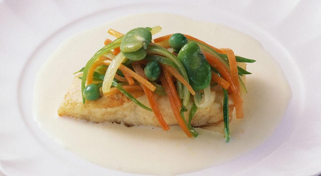 白身魚のソテークリームソース