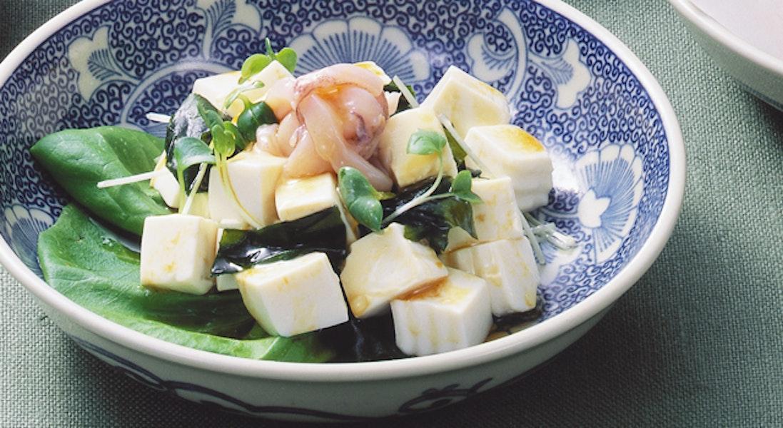 豆腐と塩辛のサラダ