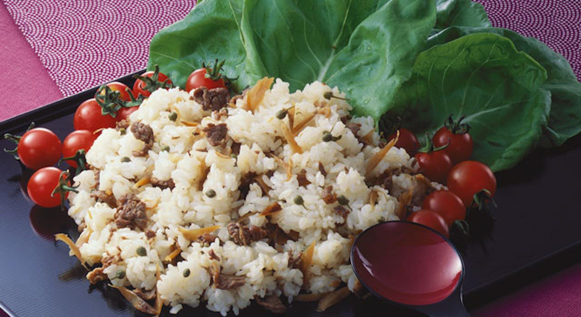 牛肉ずしのサラダ菜巻き