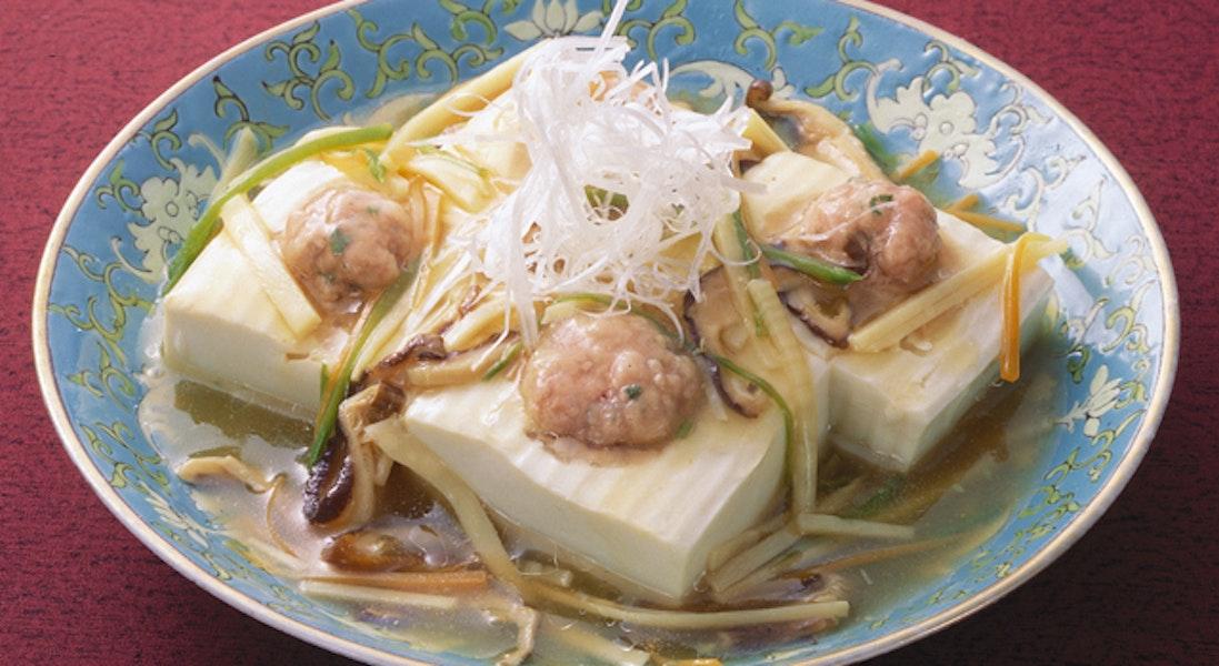 豆腐の豚ひき肉詰め蒸し野菜あん