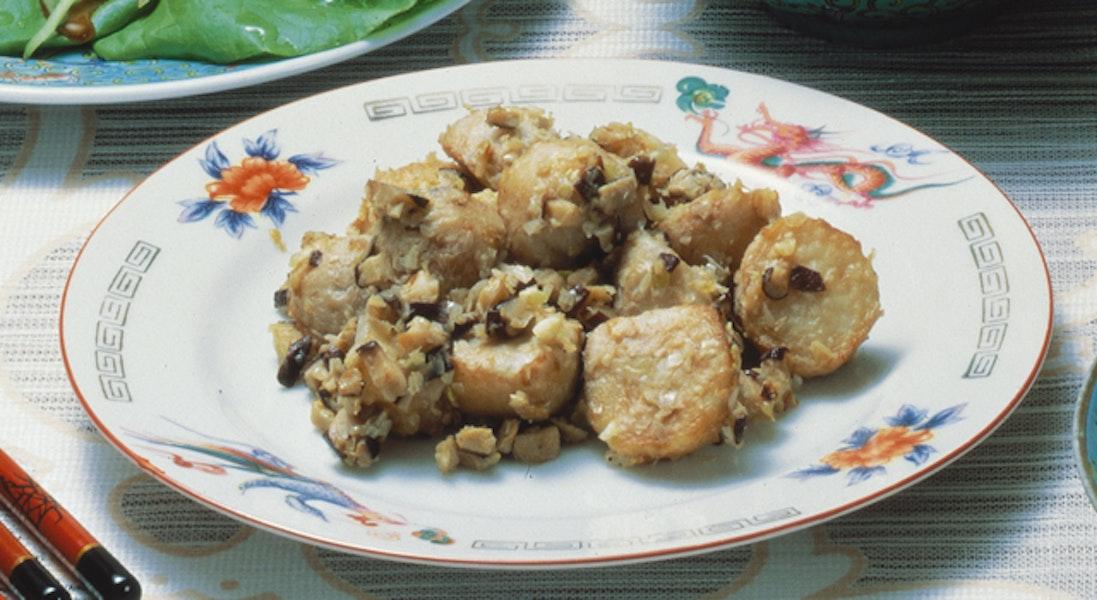 中華風里いもの炒め物