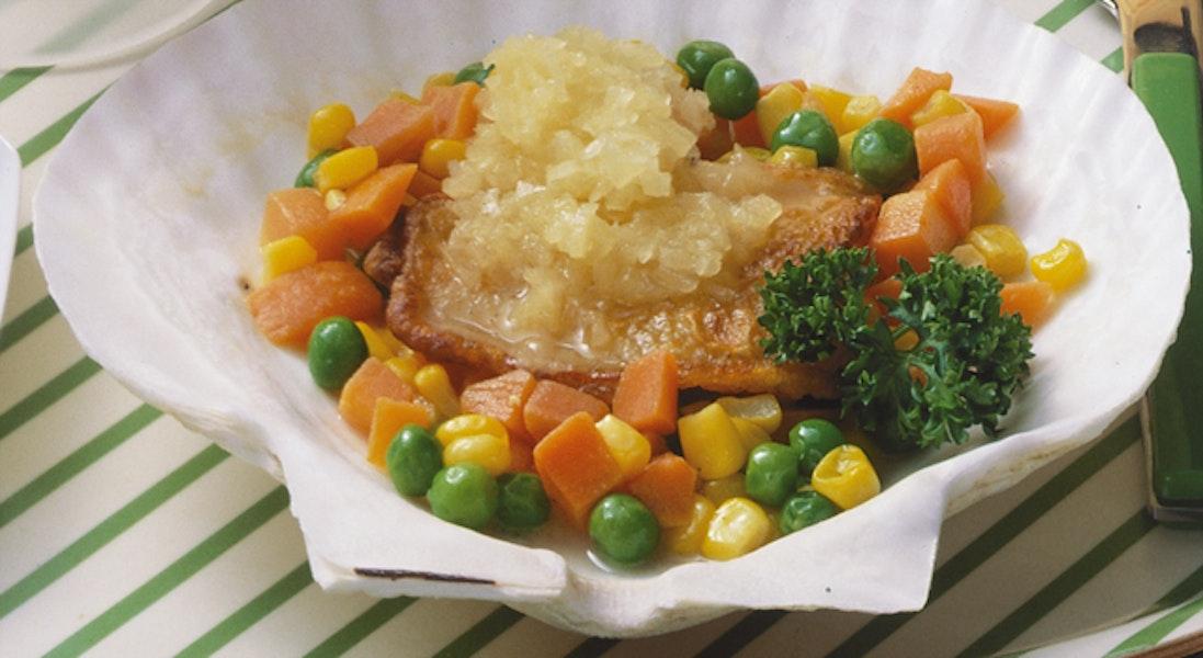 白身魚のムニエル・パイナップルソース
