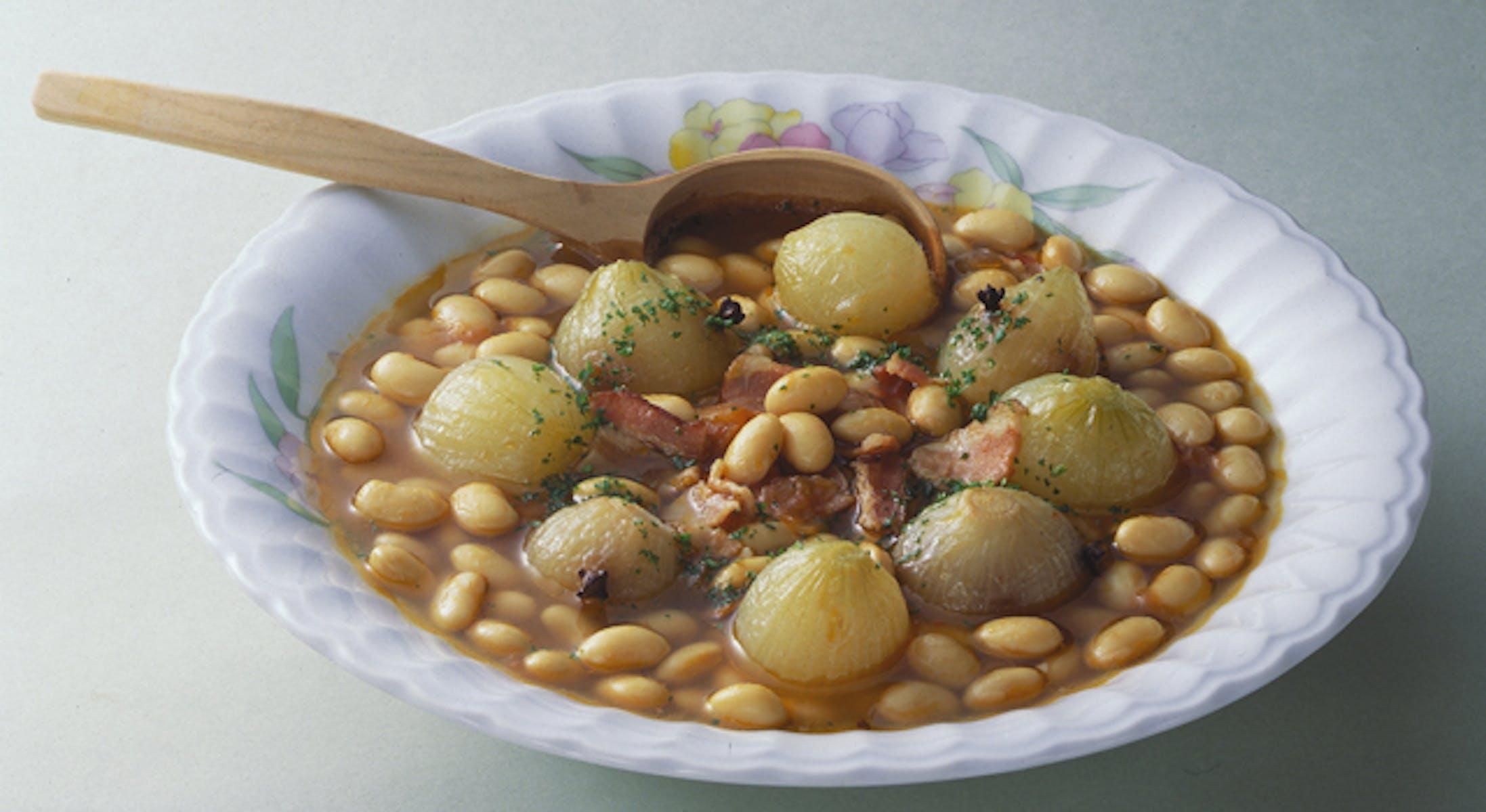大豆とベーコンのトマト煮