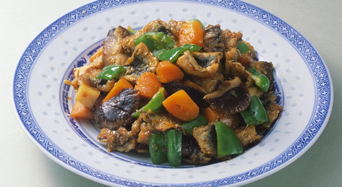 いわしと野菜の豆板醤炒め