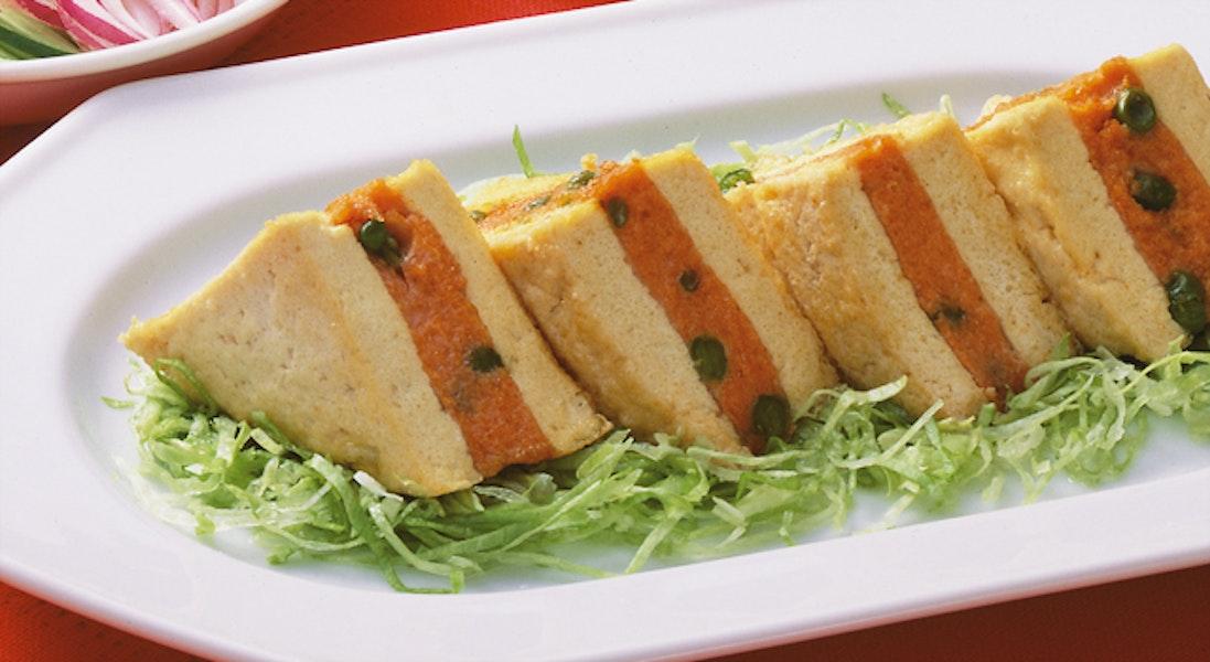 鮭と豆腐の重ね揚げ