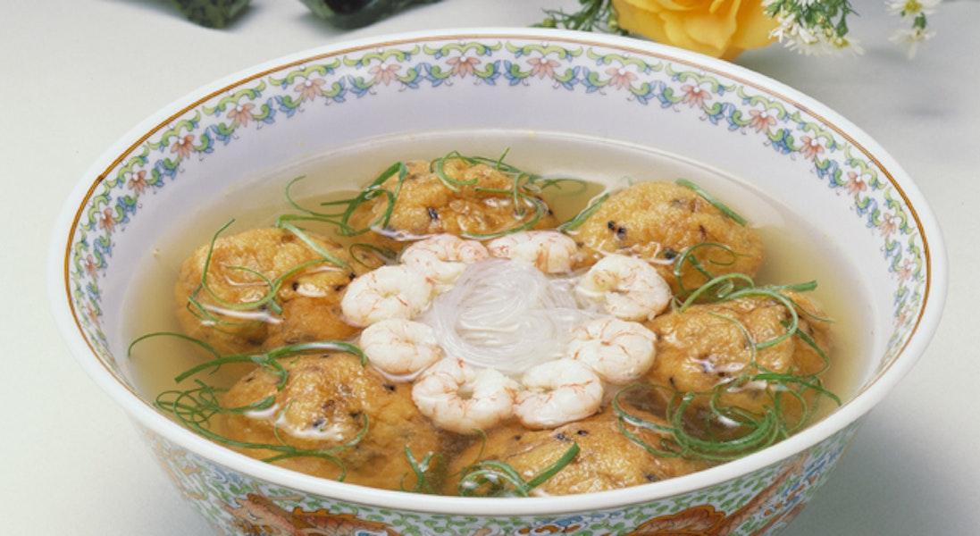 さばのひろうす詰め中華スープ