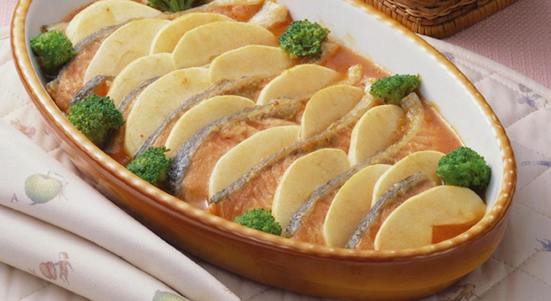 鮭のりんご風味グラタン
