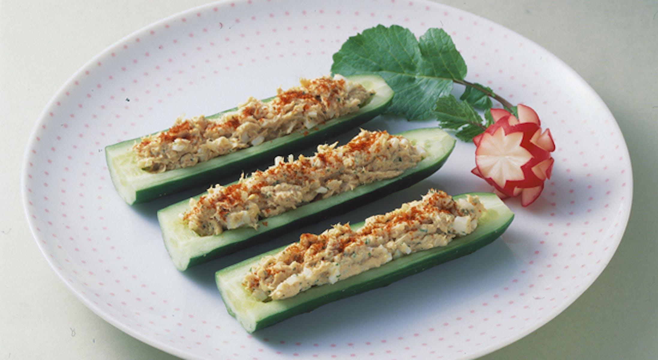 きゅうりボートのサラダ