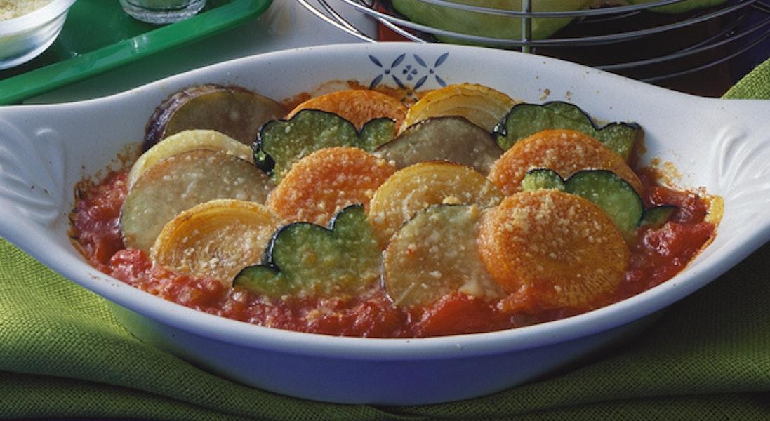 野菜のトマトソースグラタン