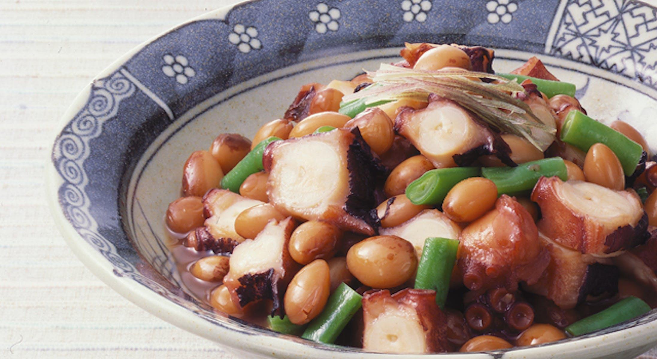 たこととら豆のサイダー煮