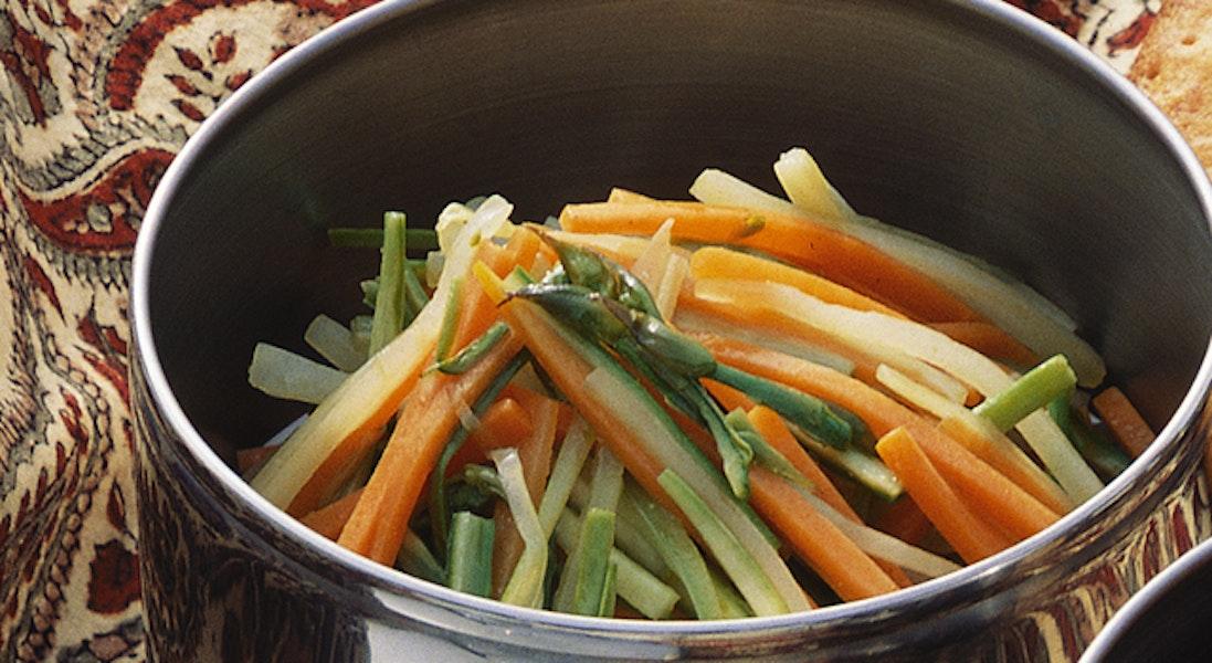 グリーンアスパラガスの野菜炒め