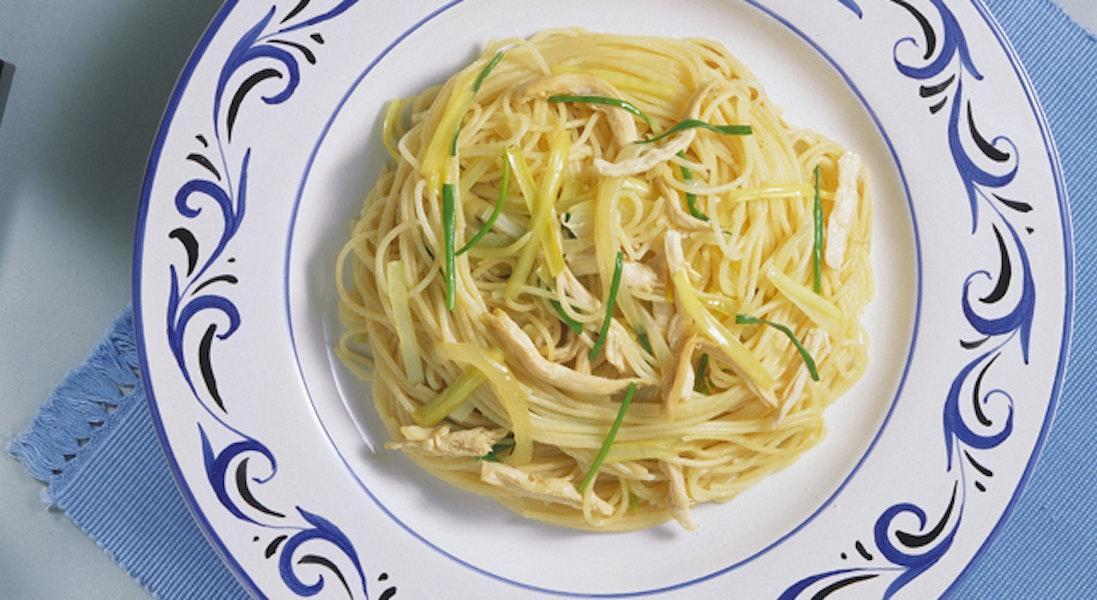 しょうゆ風味のスパゲッティ