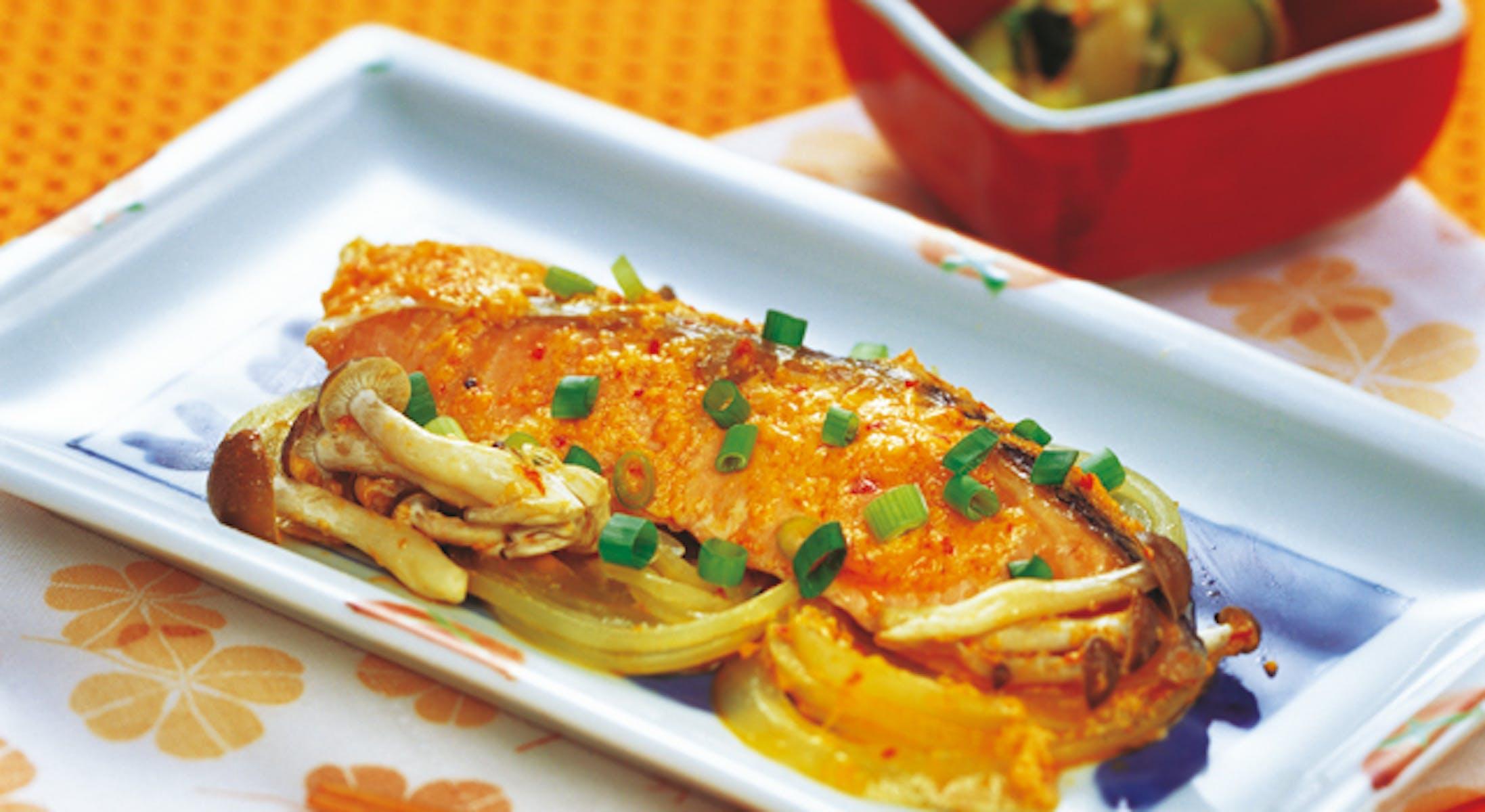 鮭の簡単ピリ辛マヨネーズ焼き