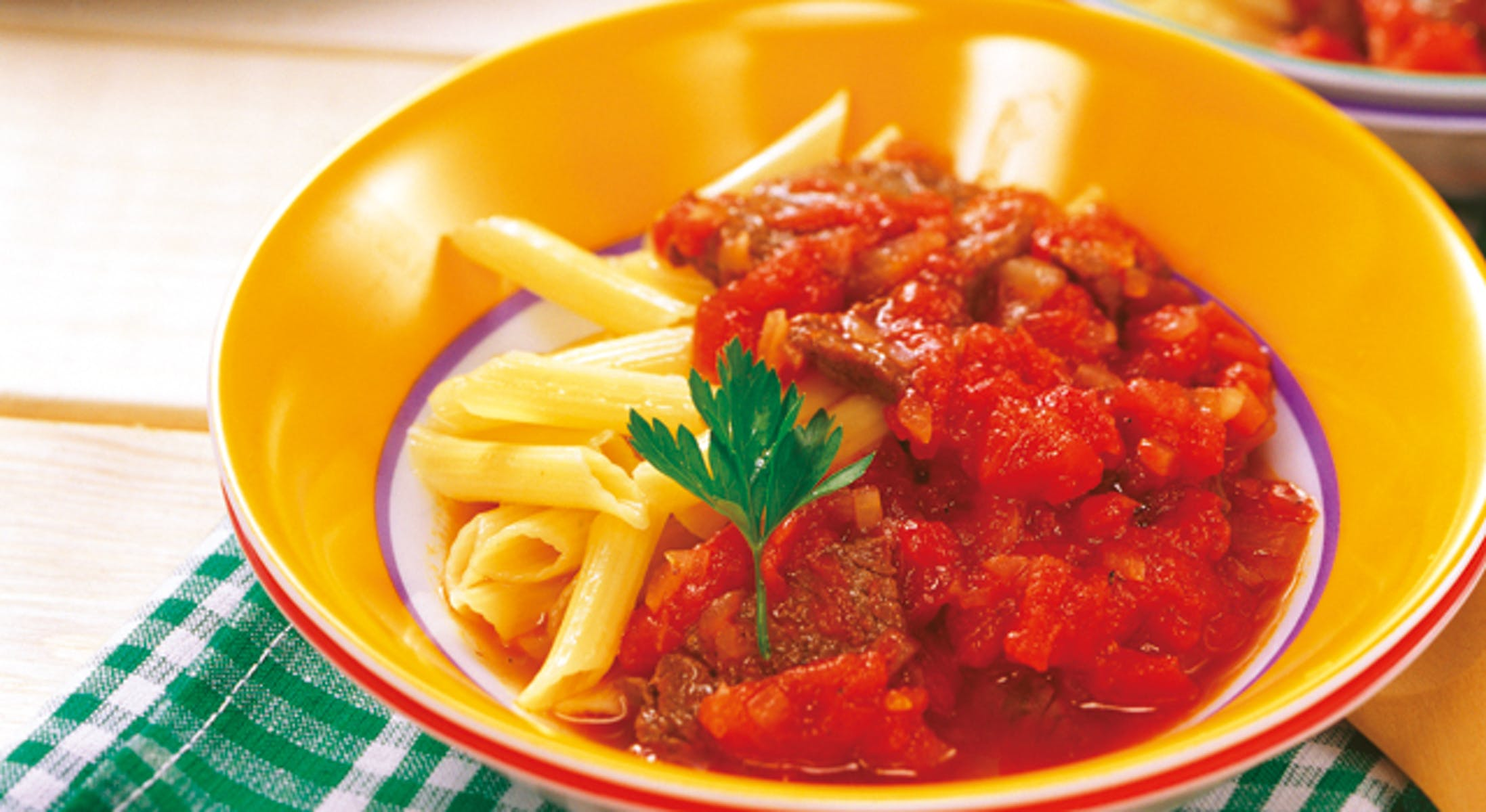 牛バラ肉のフレッシュトマト煮