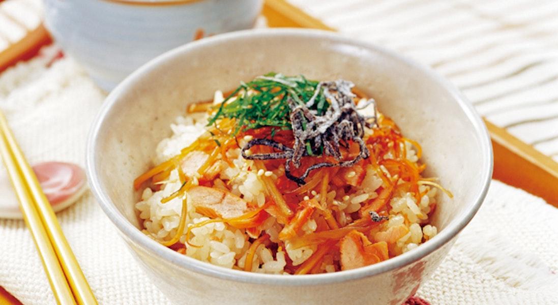鮭ときんぴらごぼうの混ぜご飯