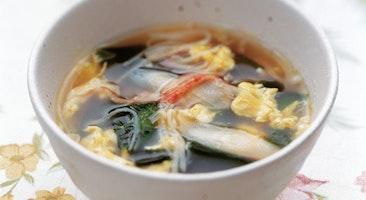 玉子とわかめのスープ
