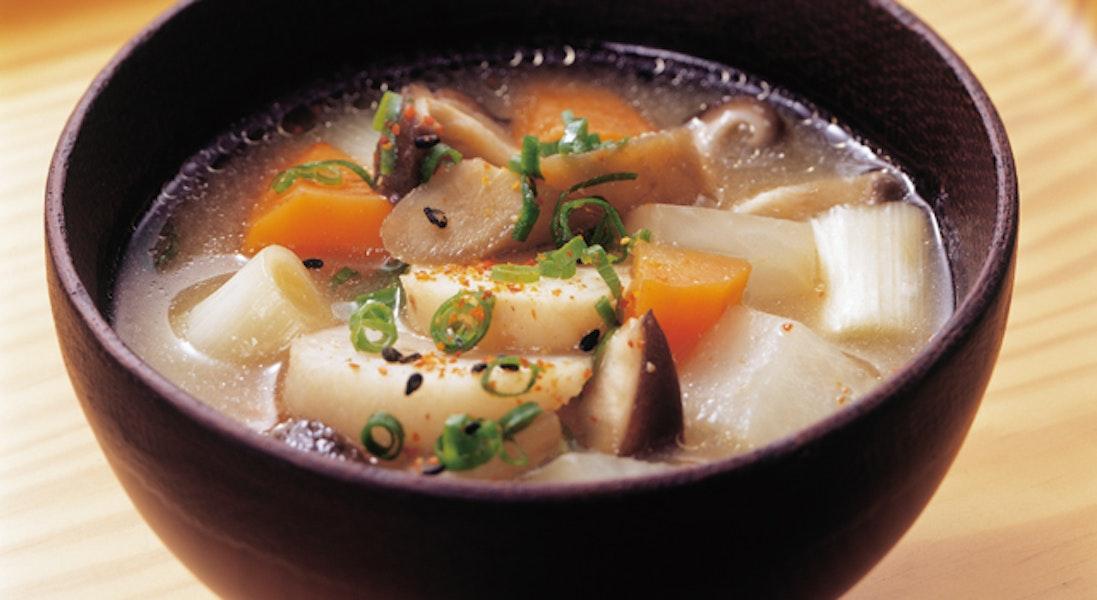 冬野菜がたっぷり温汁(ぬくじる)