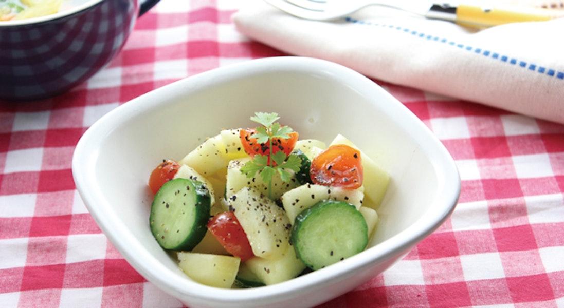きゅうりとりんごのサラダ