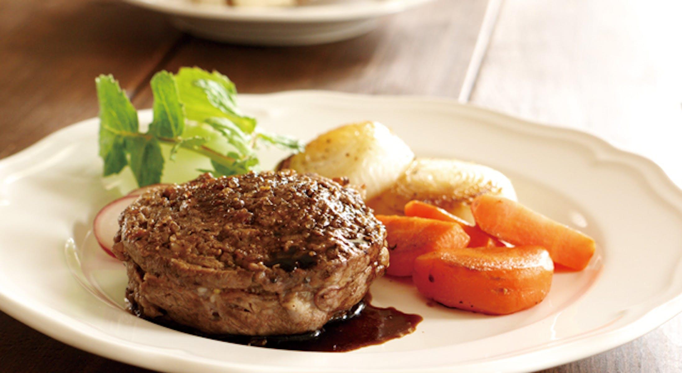 牛肉のロールステーキ