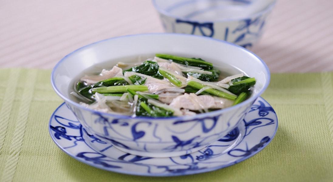 豚肉とほうれん草のスープ