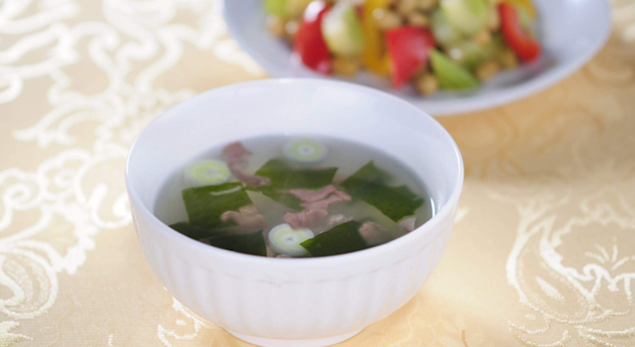 牛肉とわかめのスープ