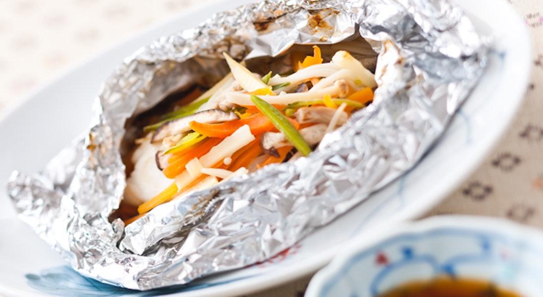 白身魚と彩り野菜のホイル焼き