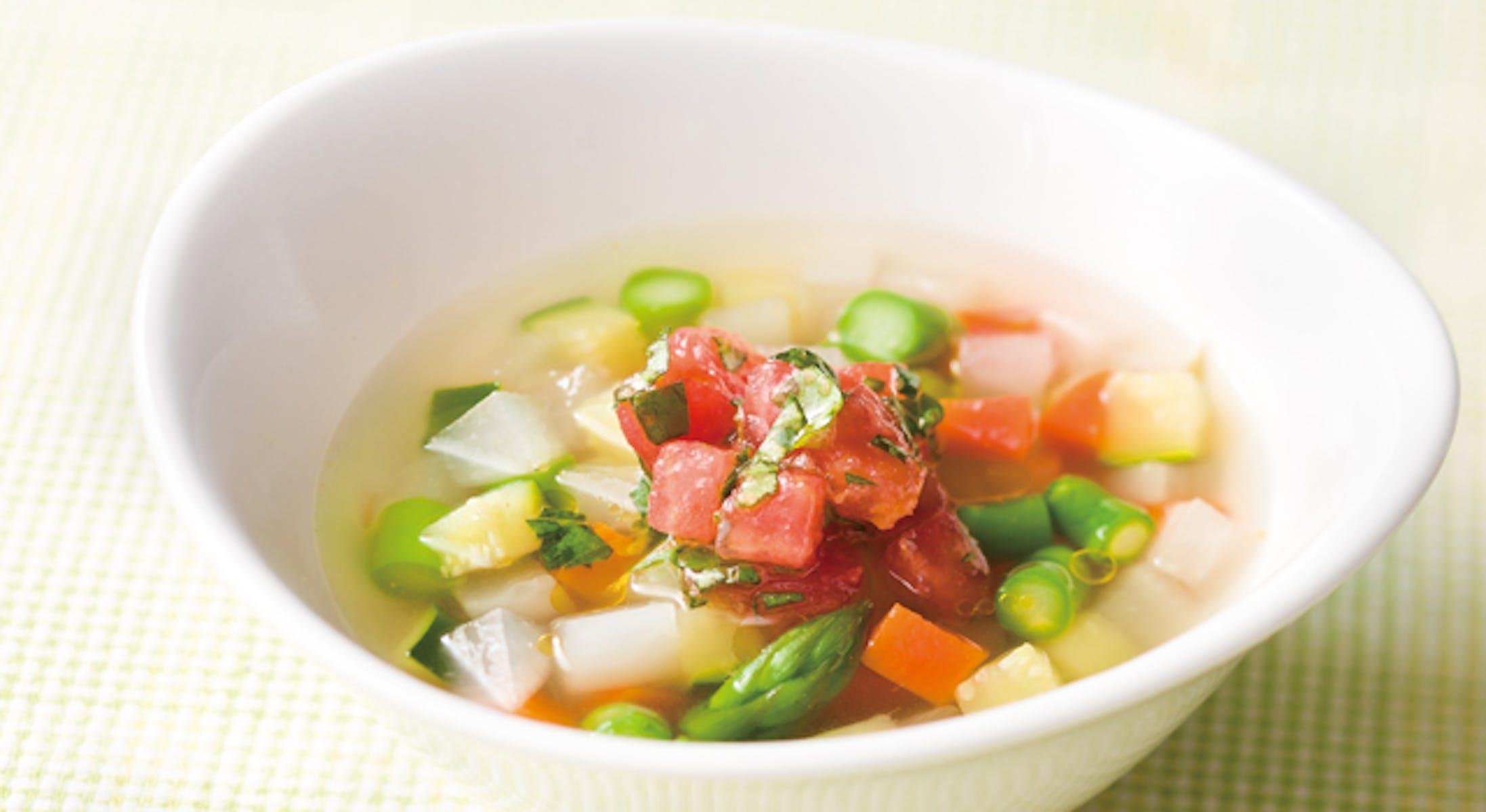 たっぷり野菜のスープの南仏仕立て