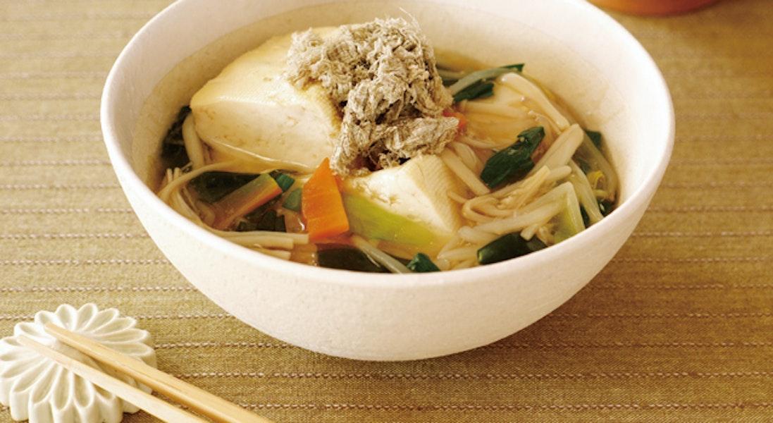 豆腐の海藻と野菜あんかけ