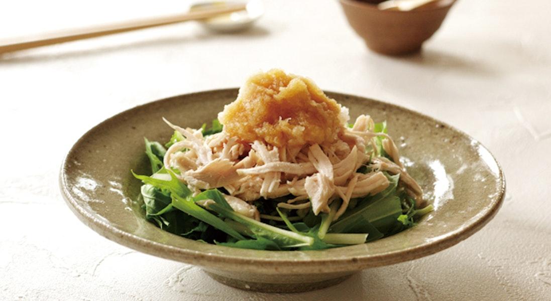 蒸し鶏と水菜のサラダ(おろしドレッシング)