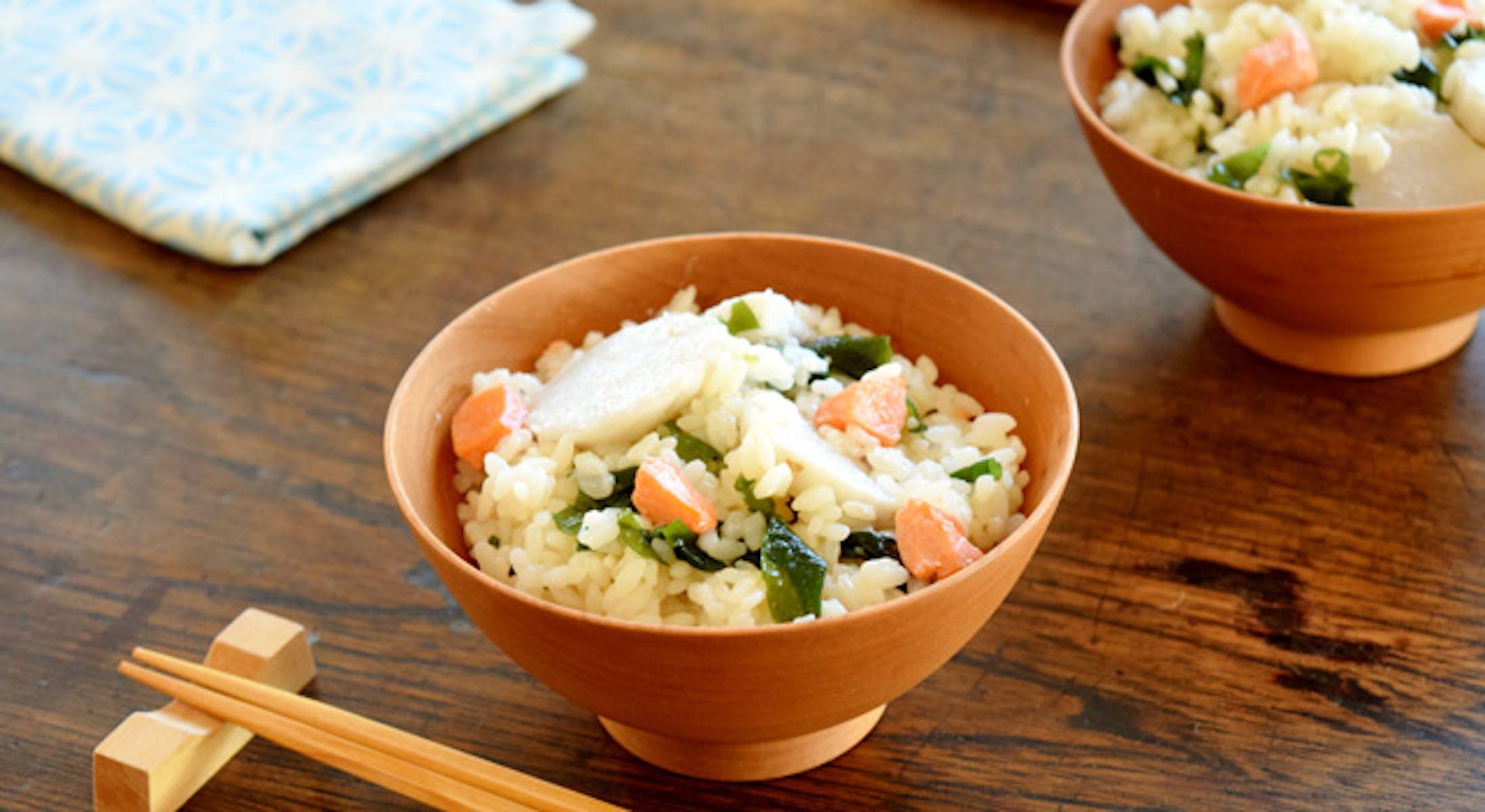 里いもと塩鮭の炊き込みご飯