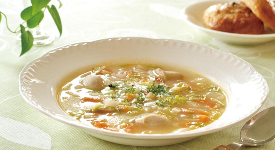 押し麦入りトマトスープ