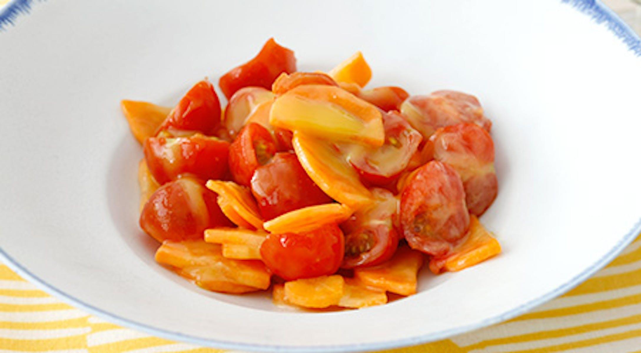 塩もみにんじんとミニトマトのからし酢みそマリネ