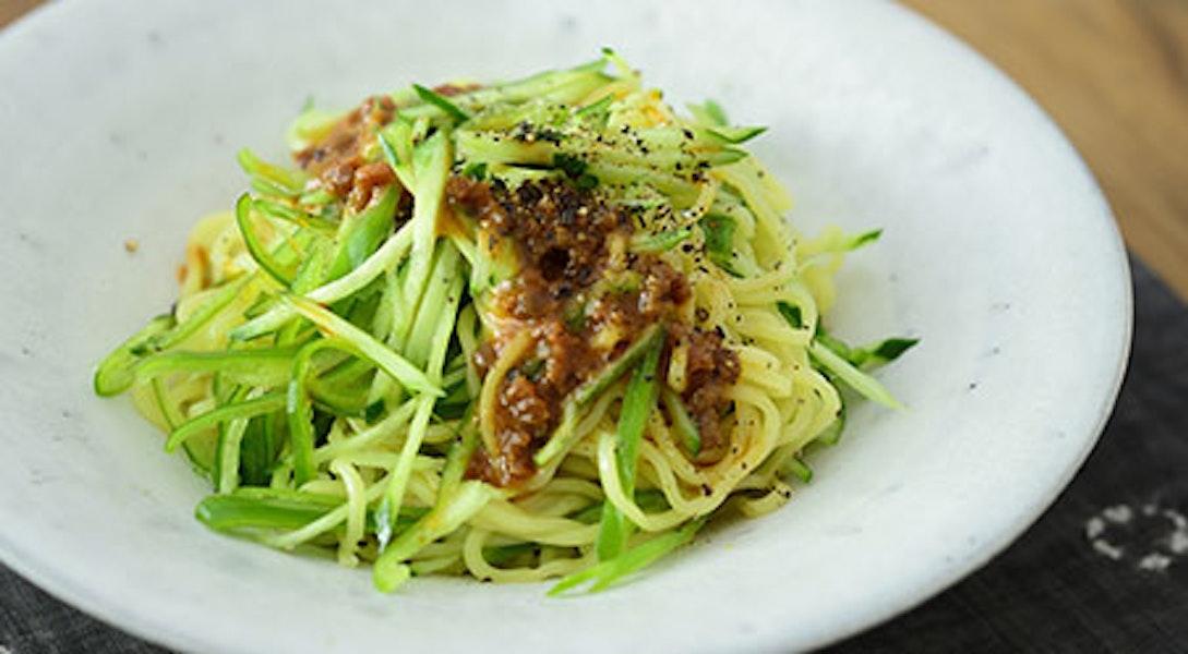 しゃきしゃき野菜入り中華肉みそ和え麺