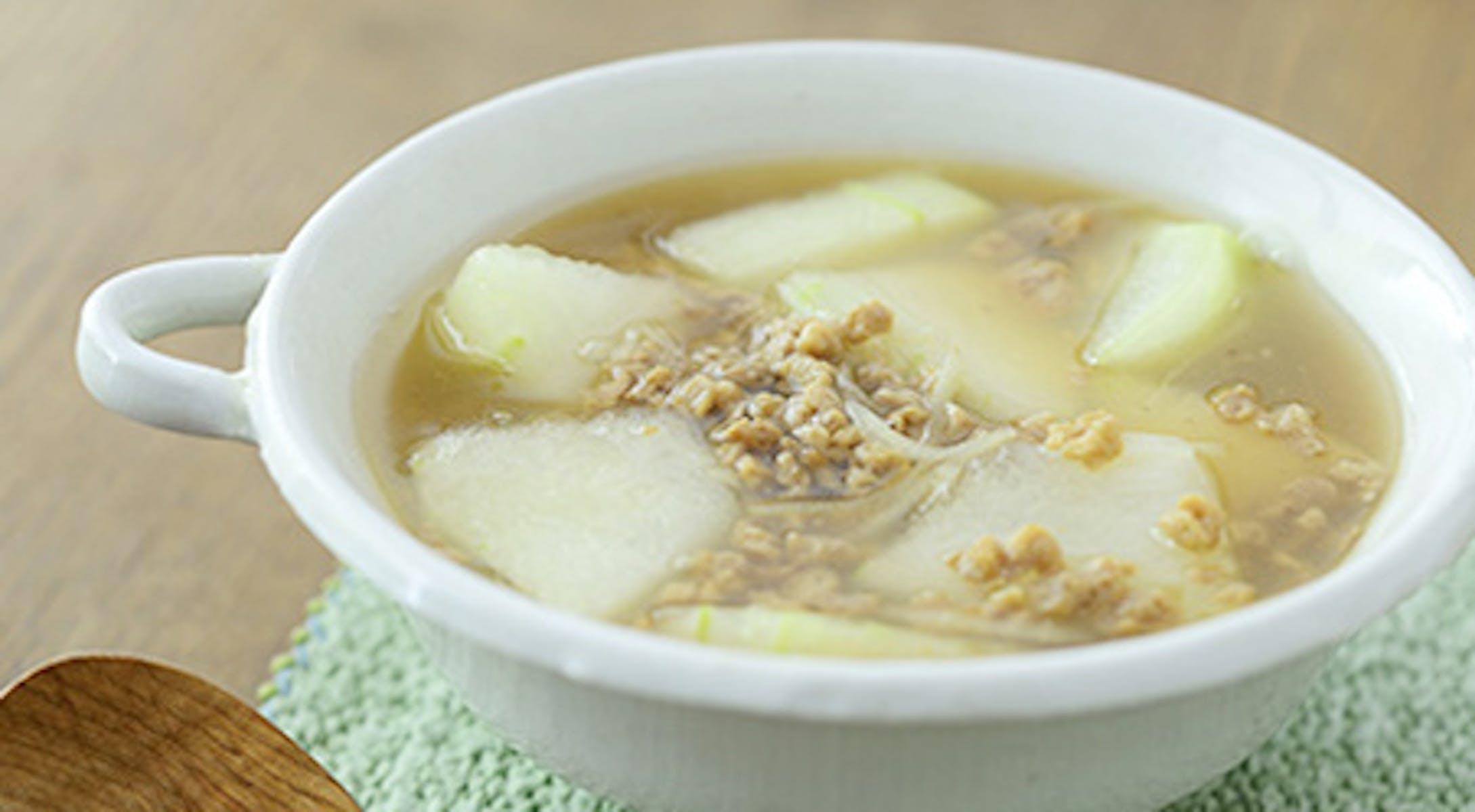 冬瓜と大豆のお肉のとろとろ生姜スープ