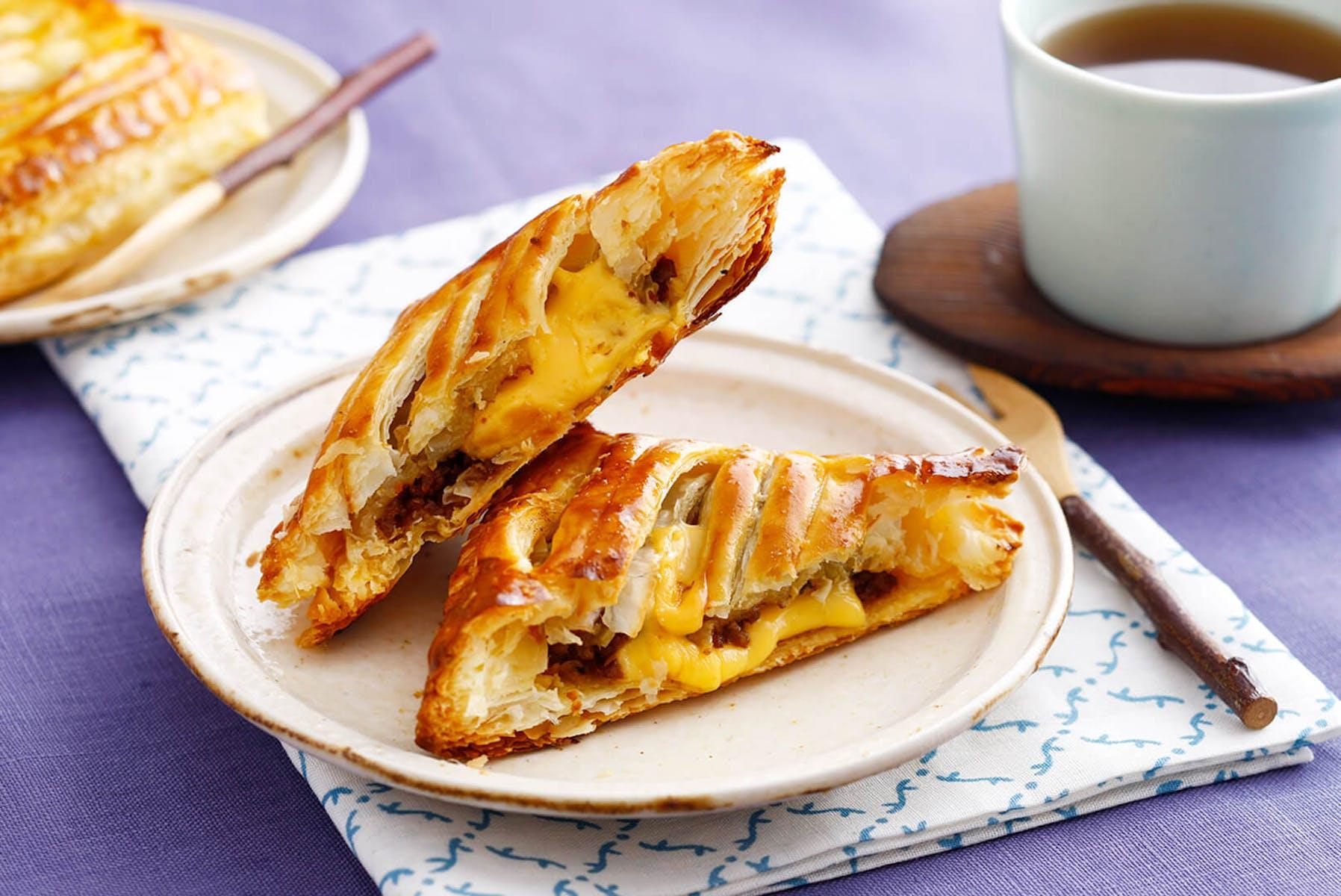 味噌入りチーズミートパイ