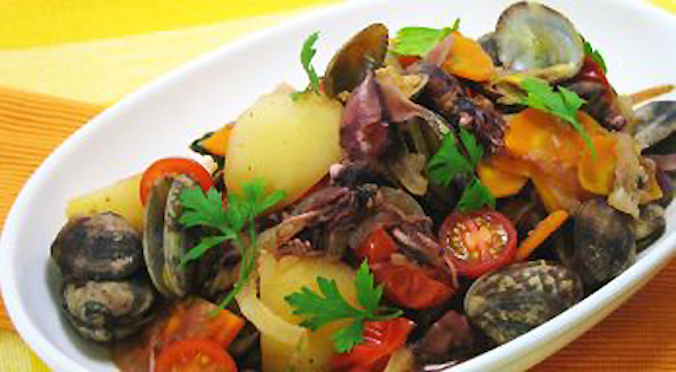 春野菜と魚介の蒸し煮