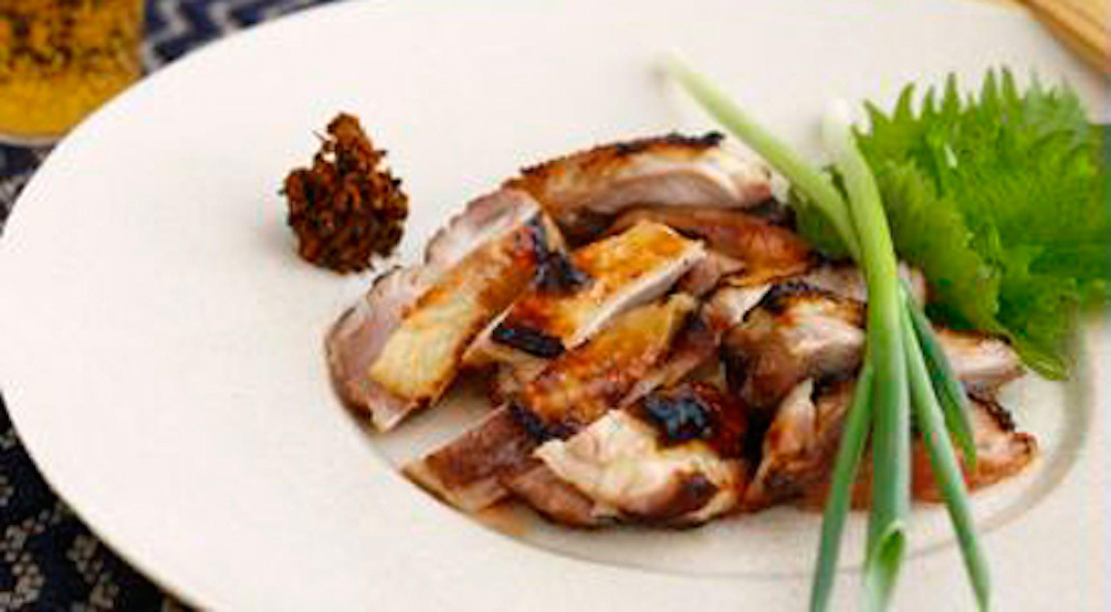 鶏肉の味噌漬け焼き 生七味添え