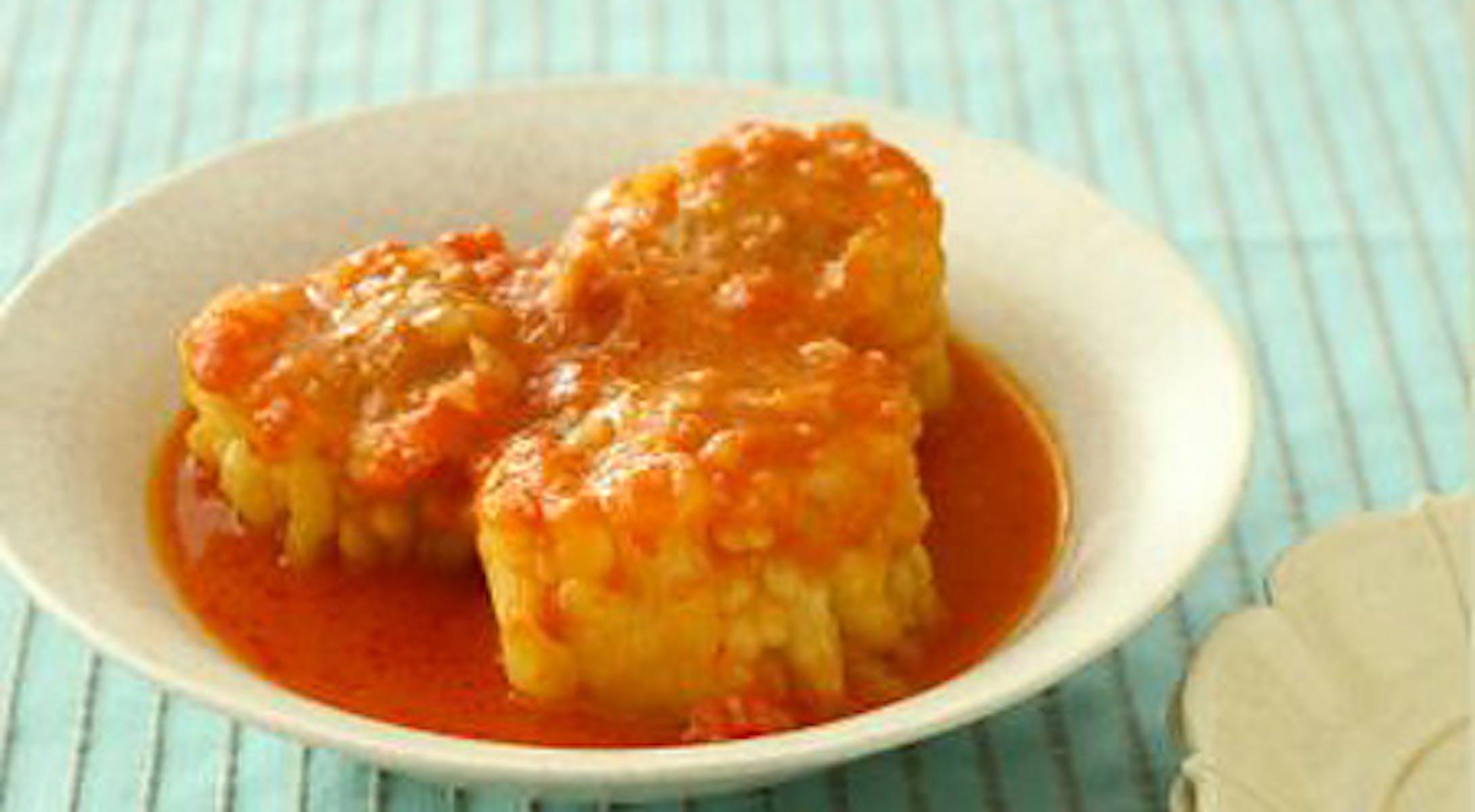 白ゴーヤの肉詰め みそトマト煮