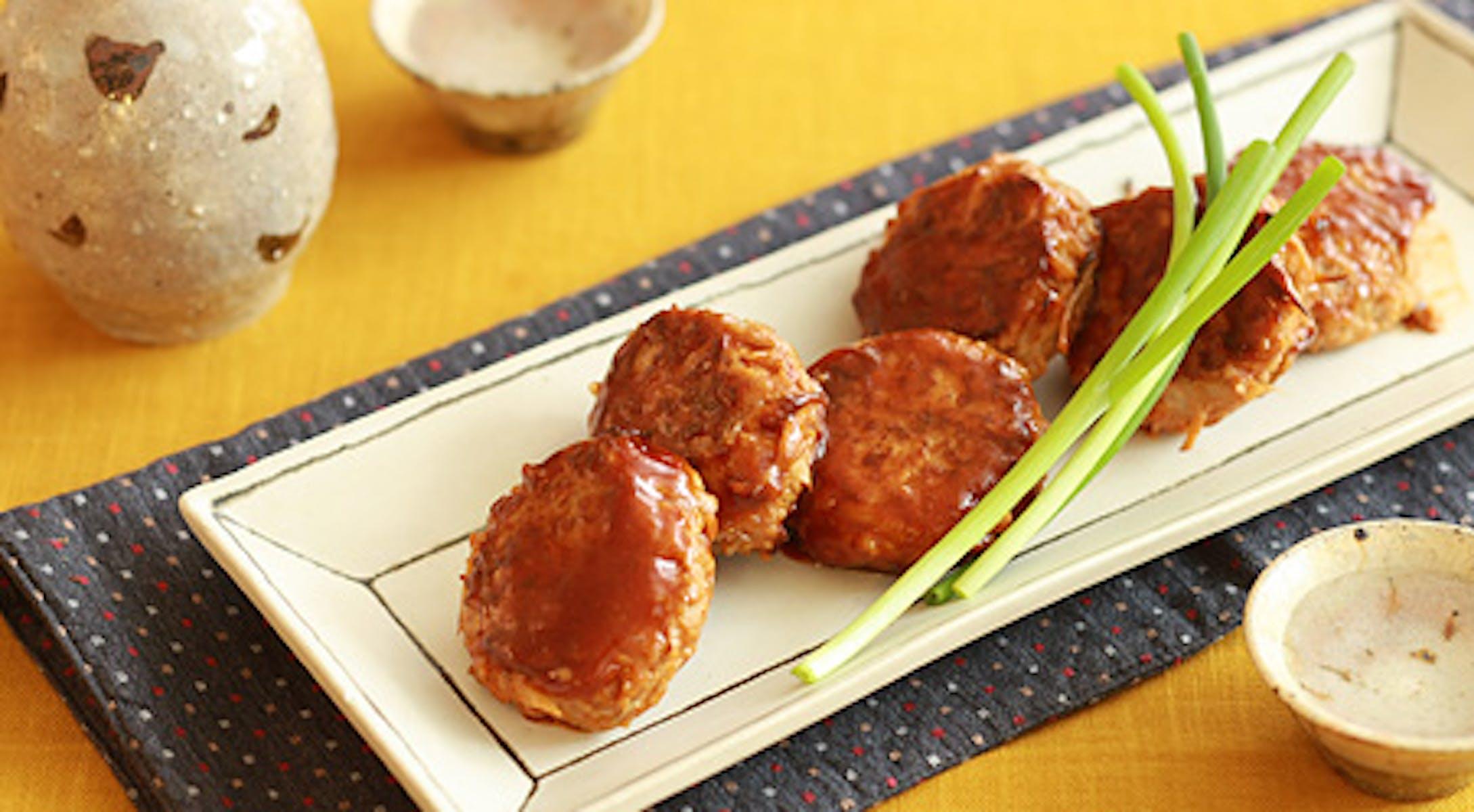 鶏ごぼうつくねのトマトみそ照り焼き