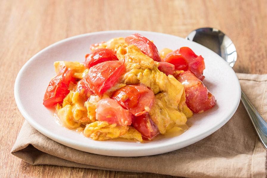 トマトと卵のみそ炒め