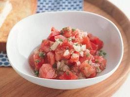 トマトとたまねぎのサラダ