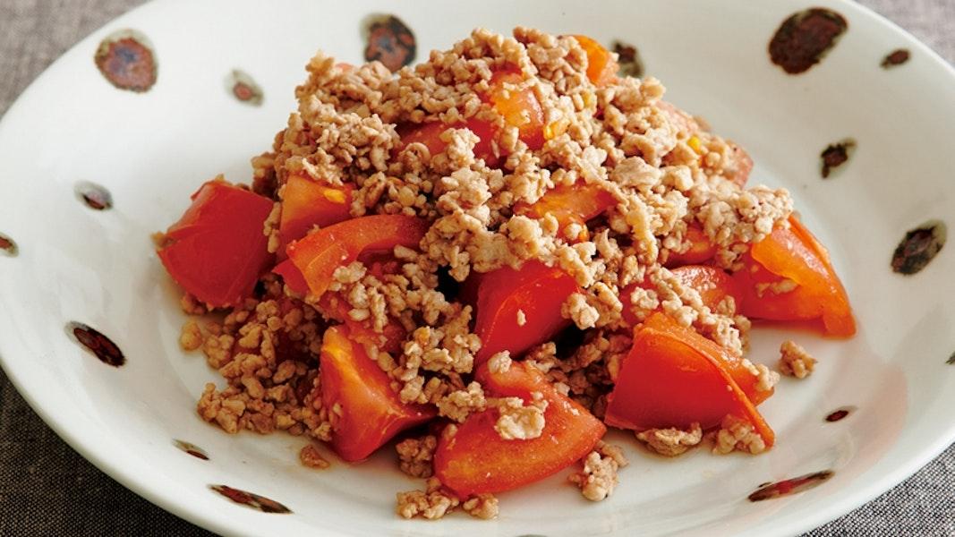 豚ひき肉とトマトの炒め物